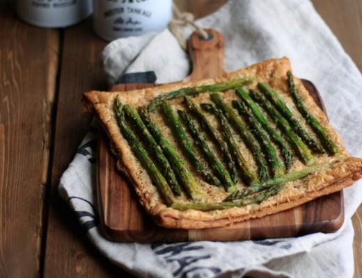 Spargelzeit-Asparagus-Gruyere-Tart