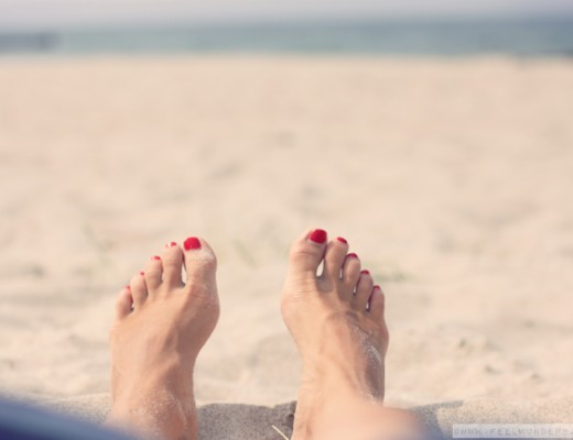 feelwunderbar-beach-feet