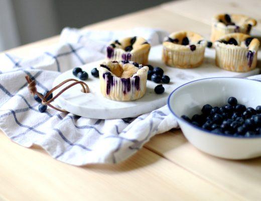 Quark Vanille Muffins mit Blaubeeren SLIDER