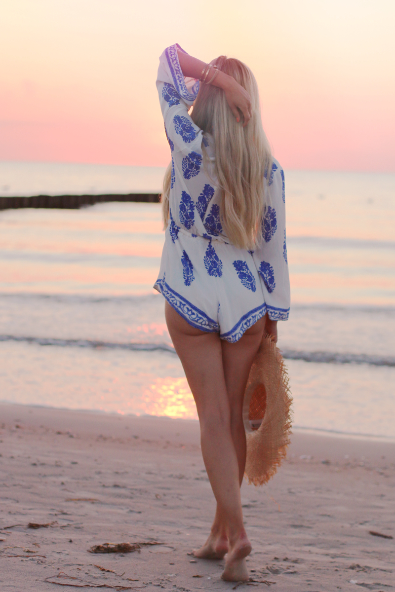 Summer Outfit Lookbook Store Playsuit Romper Blue White 5