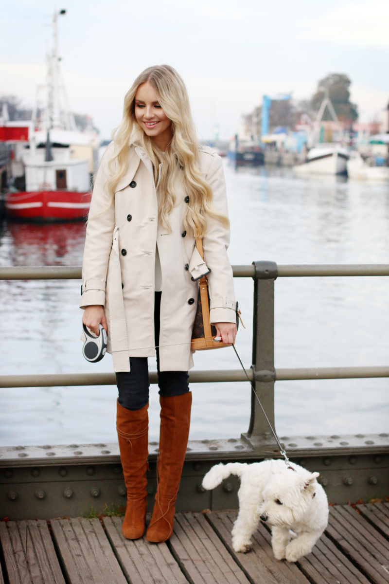 Outfit Trenchcoat by the habour zara knee high boots