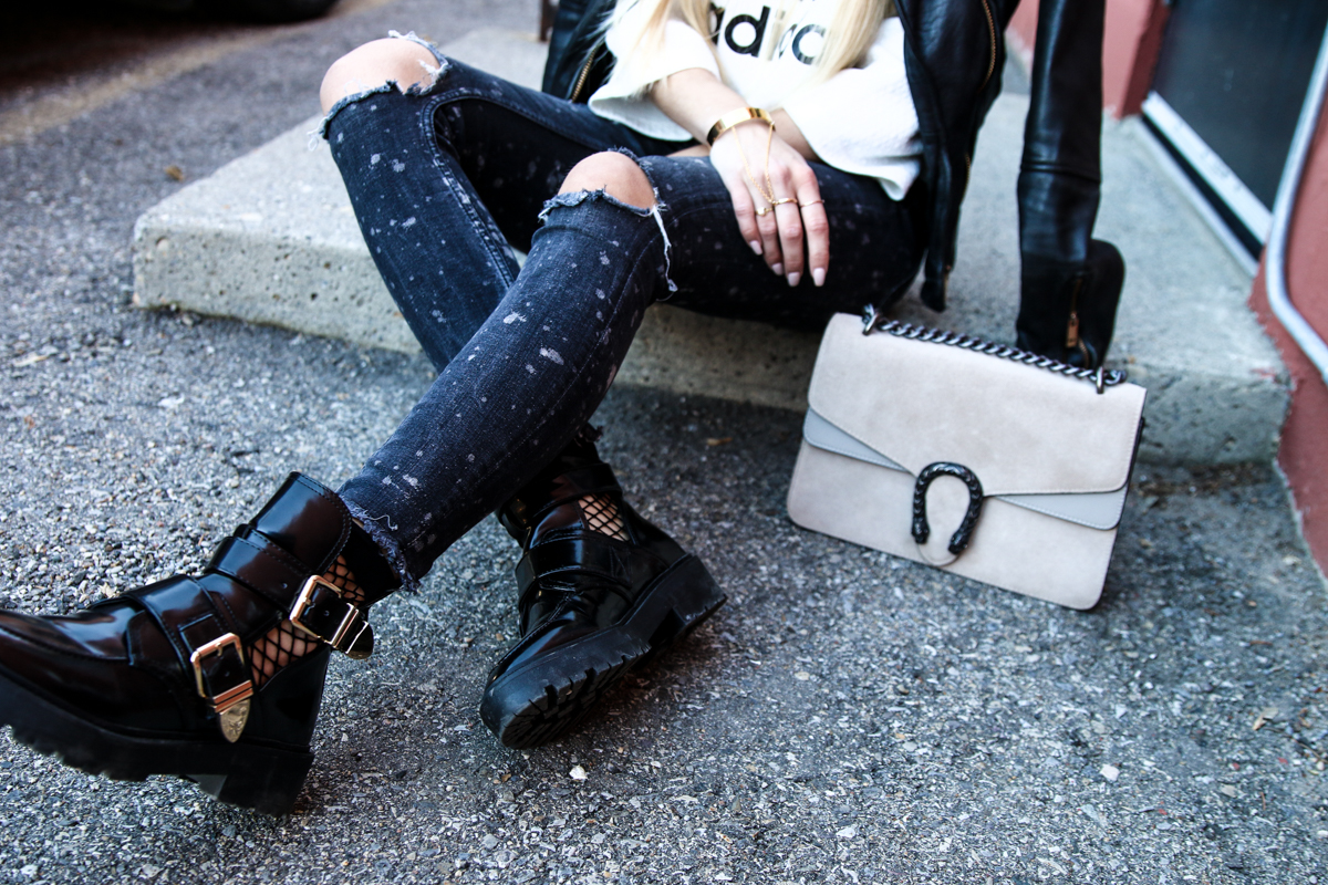 adidas-originals-cropped-sweater-zara-ripped-jeans-river-island-balenciaga-boots-fishnet-socks-14