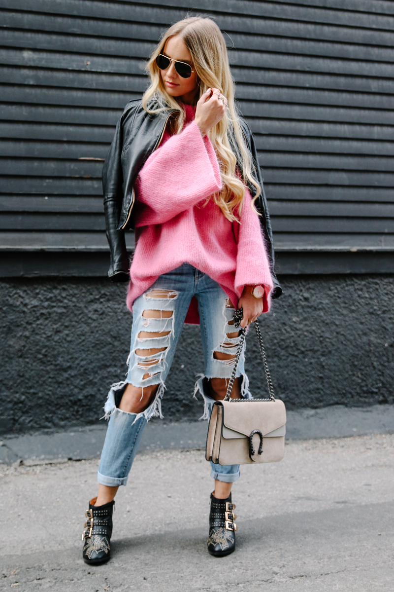 hm-pink-oversized-sweater-gucci-dionysus-ripped-denim-chloe-boots-5