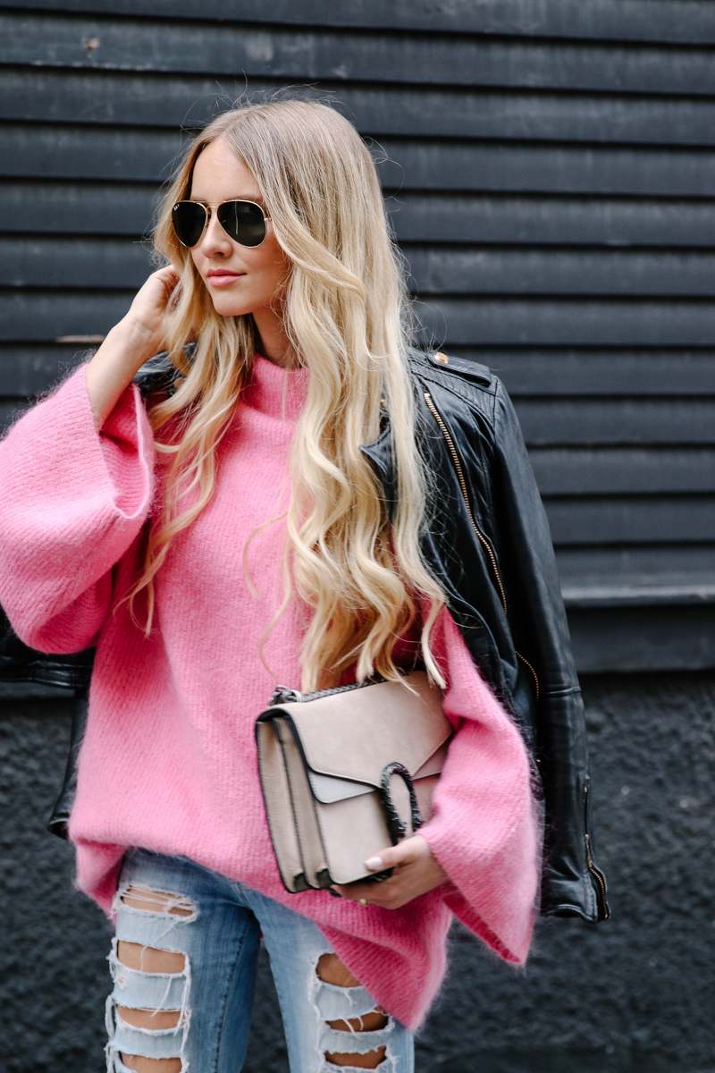hm-pink-oversized-sweater-gucci-dionysus-ripped-denim-chloe-boots-7