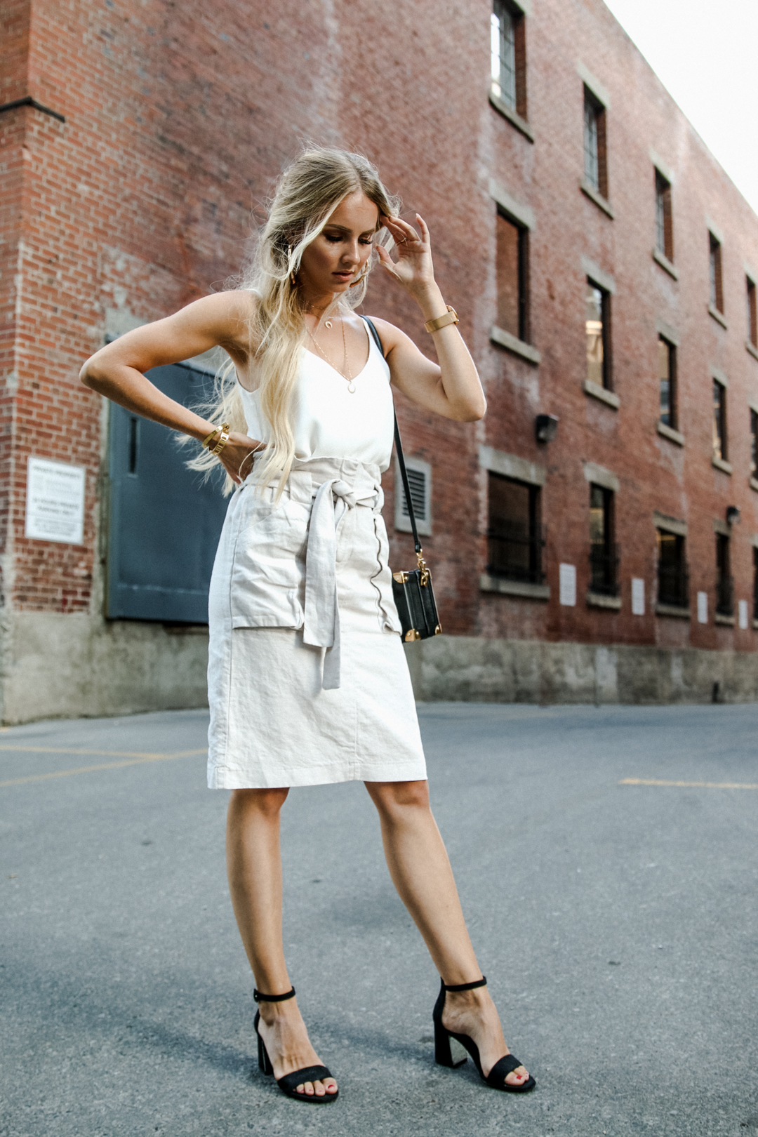 df6cab6898c End of summer outfit neutrals h m linen skirt h m white satin top bershka  sandals-6